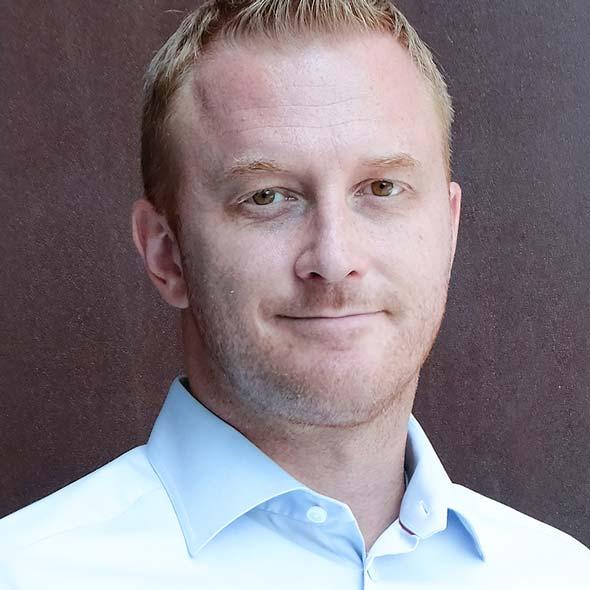 Dr. Martin Lockström