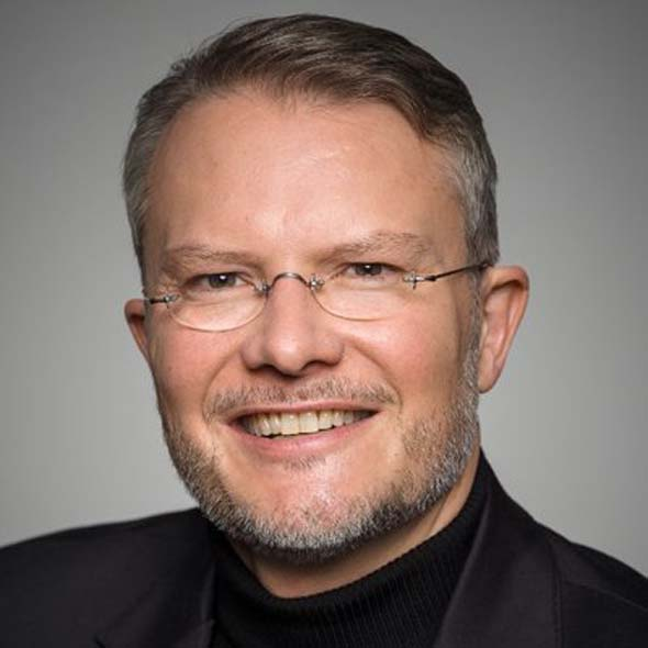 Prof. Dr. Philipp Bouteiller