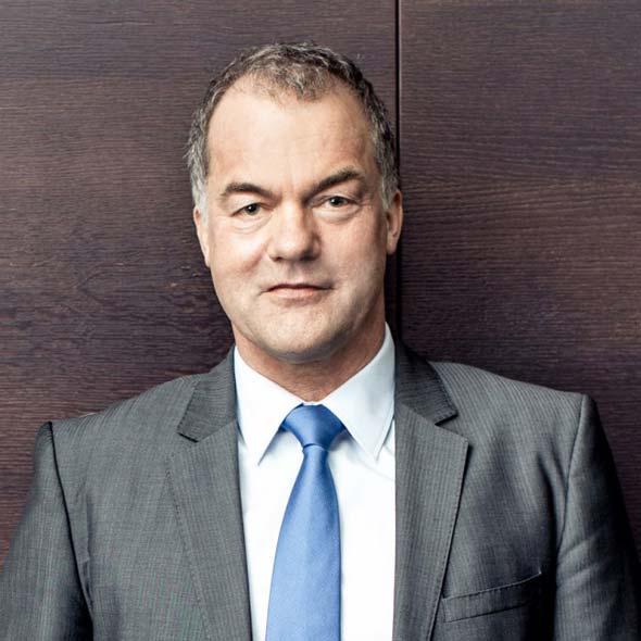 Dr. Rainer Hillebrand