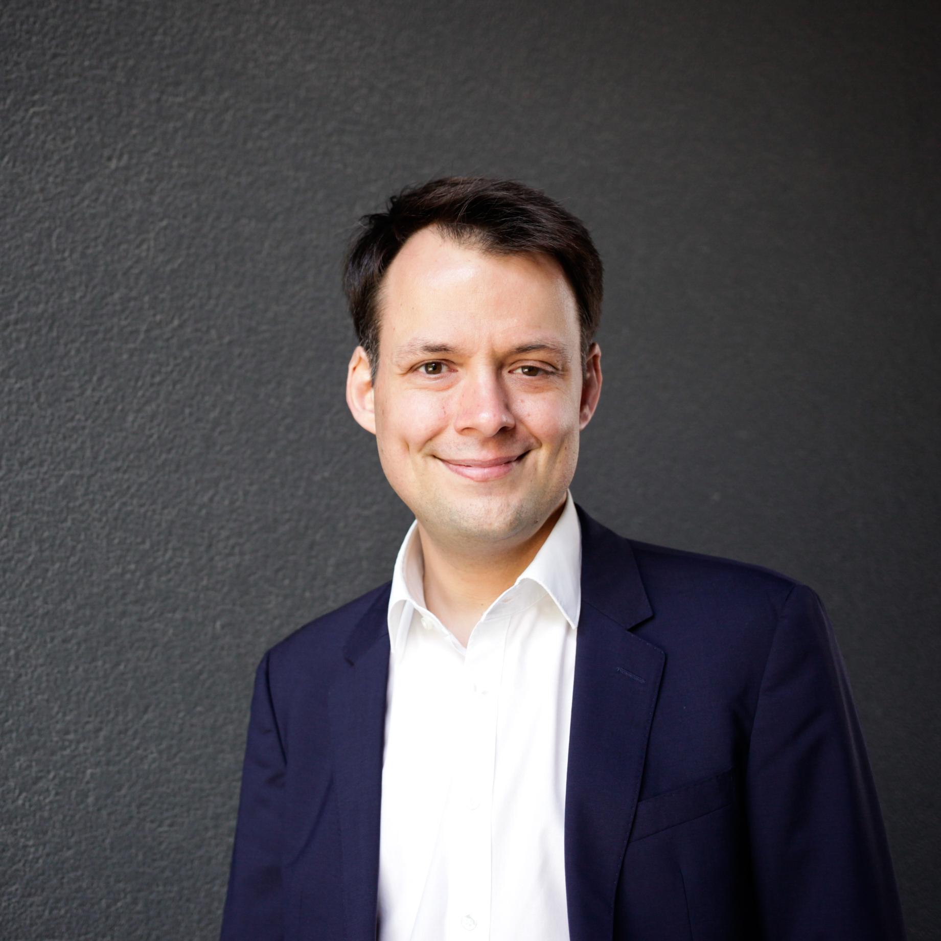 Dr. Henrik Schober-Oschmann